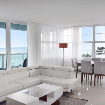 Living Room of an apartment at Seacoast Suites apartments on Miami Beach